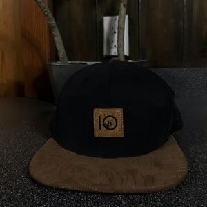 Perfect condition never worn Ten Tree hat
